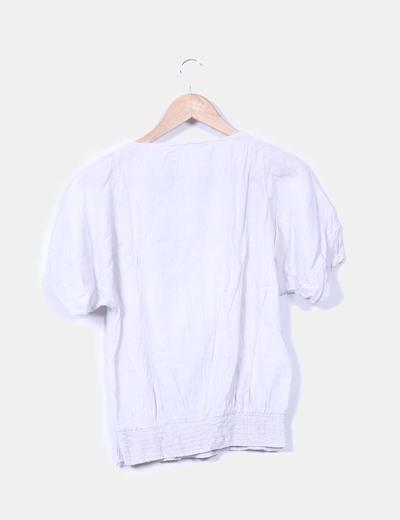 Blusa gris con crochet