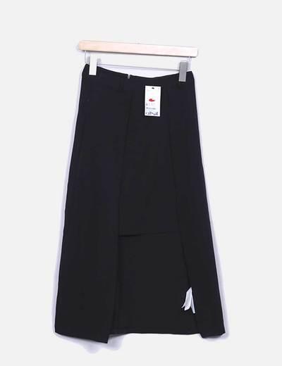 Falda negra asimétrica Mango