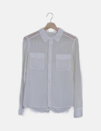 Blusa semitransparente blanca lace up
