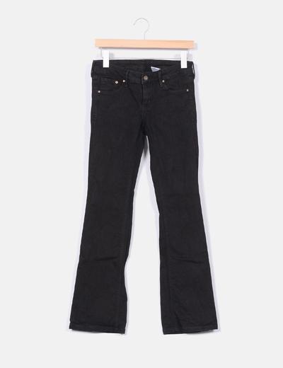 Pantalón negro acampanado H&M