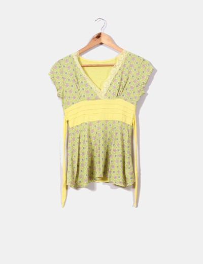 Camiseta amarilla print floral NoName