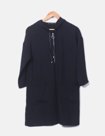 Robe noire à capuche Zara