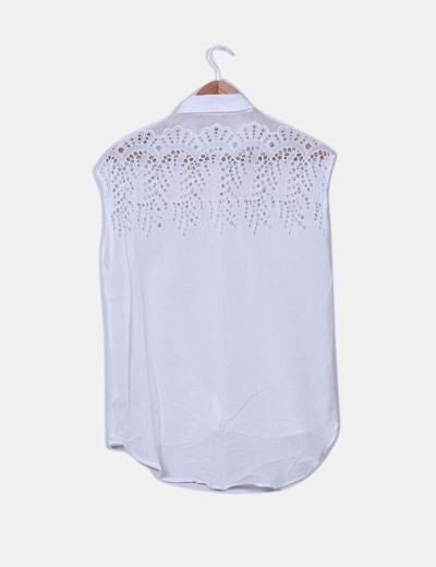 Blusa blanca combinada troquelada