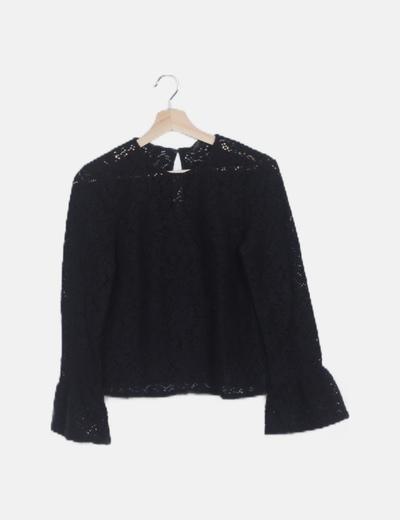 Suéter crochet negro