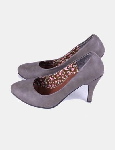 Zapato taupe punta redonda Tino González