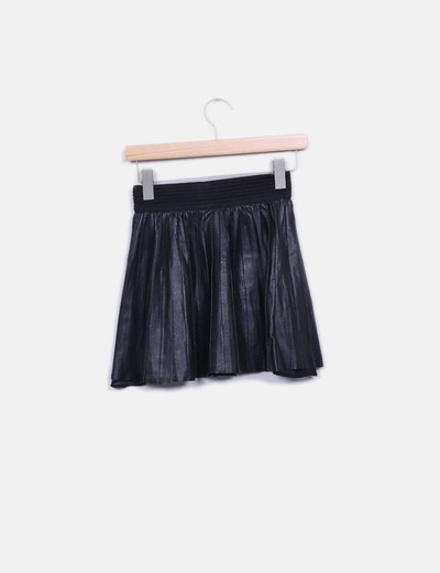 Minifalda negra polipiel goma