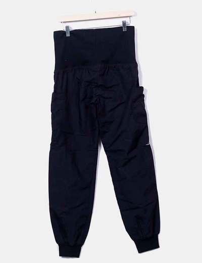 Pantalon negro bordado