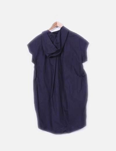 Vestido tail hem azul marino con capucha