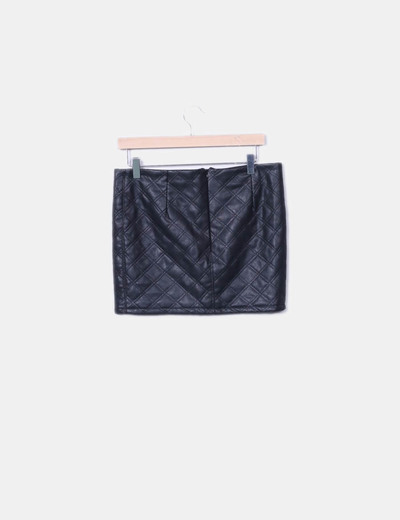 Falda negra acolchada detalle cremalleras