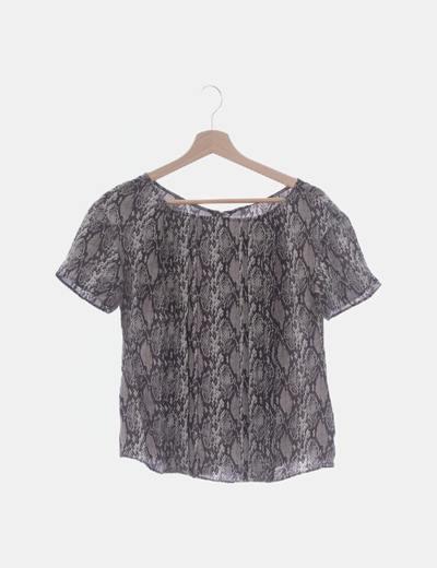Blusa animal print con plisados