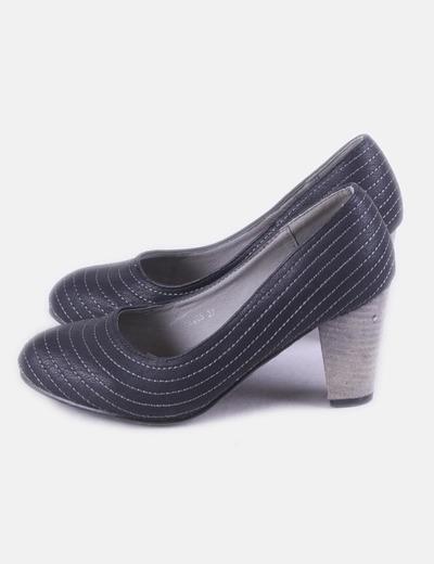 Zapato negro costuras Wanna