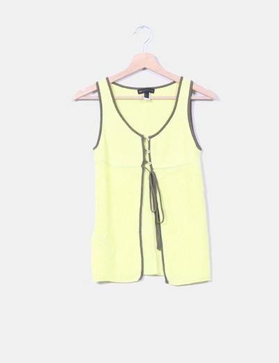 Chaleco tricot amarillo flúor Mango