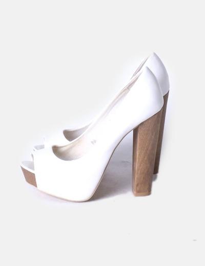 Bershka Weißer Peep Toe Schuh mit Plattform (Rabatt 71 %) - Micolet 3040b270ff