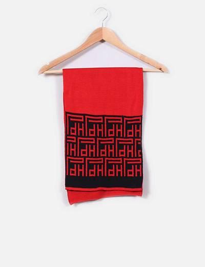 Bufanda roja y negra