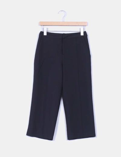 Pantalón culotte negro NA-KD