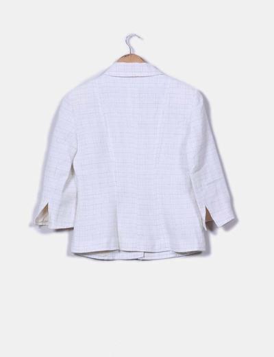 Conjunto de falda y chaqueta cruda