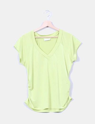 Camiseta verde flúor drapeada Yessica