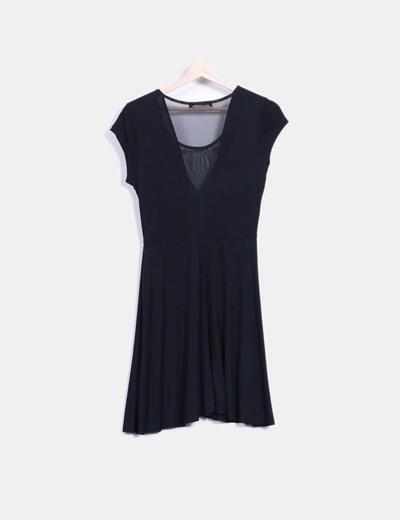 Vestido negro escote tul