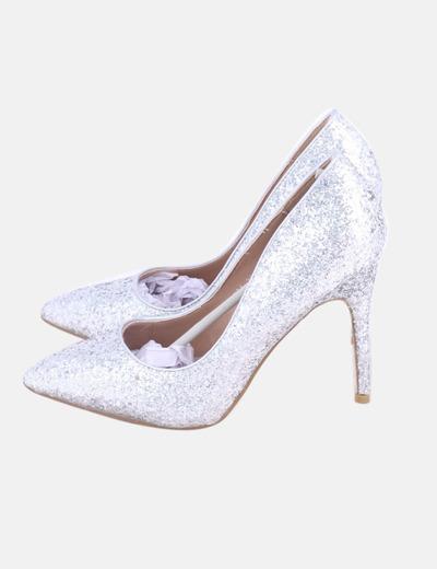Zapato de tacón glitter plateado