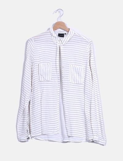 Blusa de rayas marrón y blanco b. young
