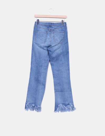 1db305af4 Jeans denim tiro alto con flecos
