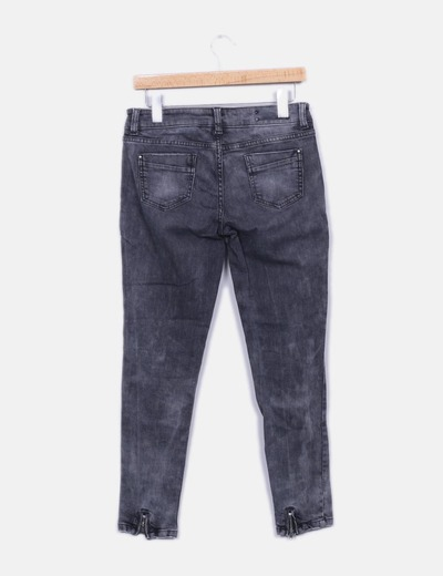 Jeans denim gris pitillo