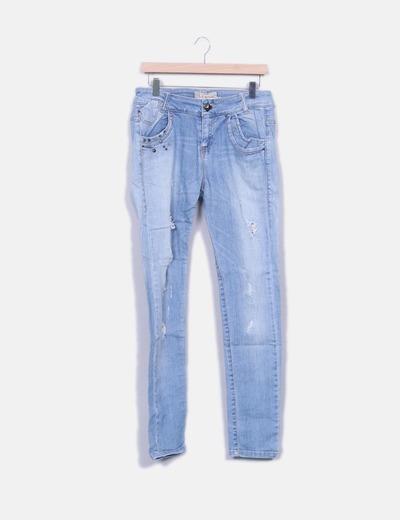 Jeans denim azul con rotos Bershka