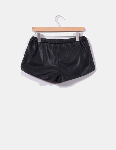 Shorts polipiel negro