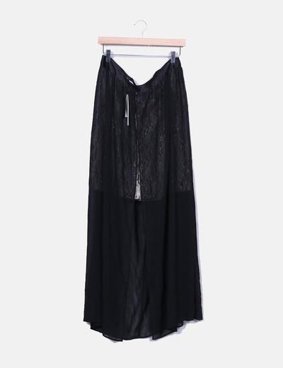 Jupe noire en dentelle en or Suiteblanco