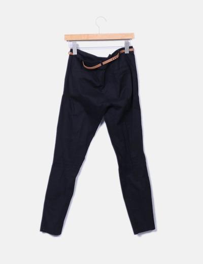 Pantalon de pinzas negro con cinturon