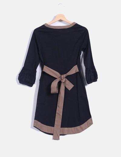 Vestido bicolor de manga francesa