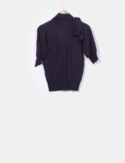 Sueter tricot azul marino con escote lazo
