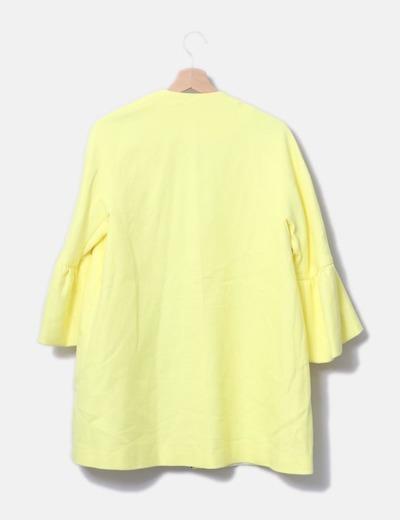 Levita amarilla mangas campana