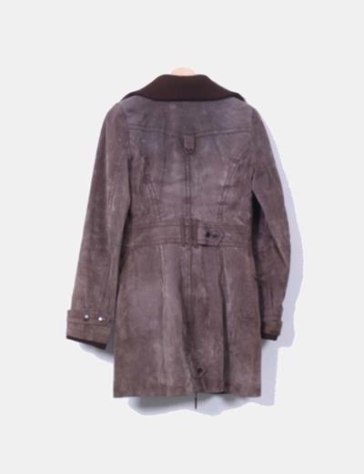 Abrigo marron de piel