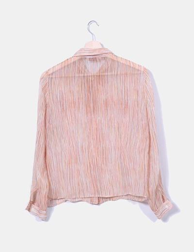 Camisa semitransparente con rayas