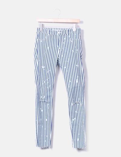 Pantalón rayas rotura en rodillas