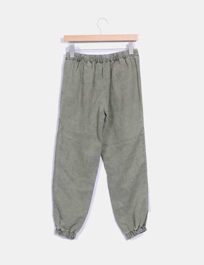 Pantalon verde kaki baggy