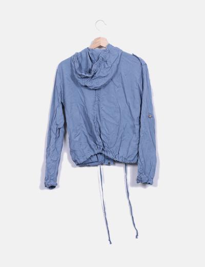 Chaqueta fina con capucha azul