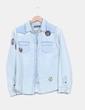 Camisa demin efecto desgastado detalle parches Pull&Bear