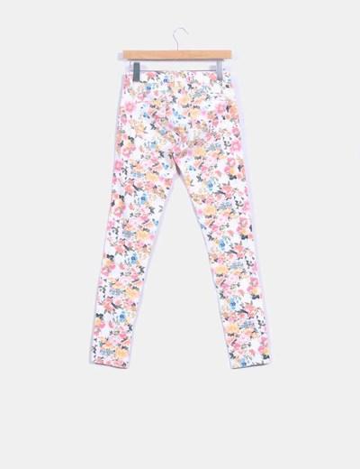 Pantalon con estampado floral