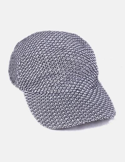 759f76bee5311 Zara Gorra tricot blanco y negro (descuento 66%) - Micolet