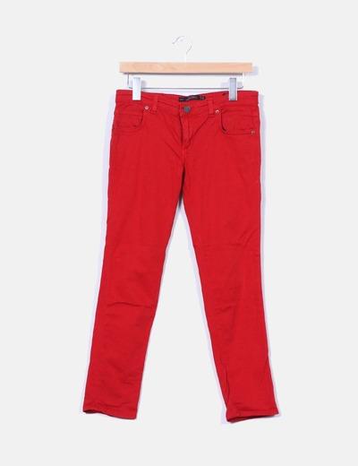 Jeans denim rojos slim fit Zara