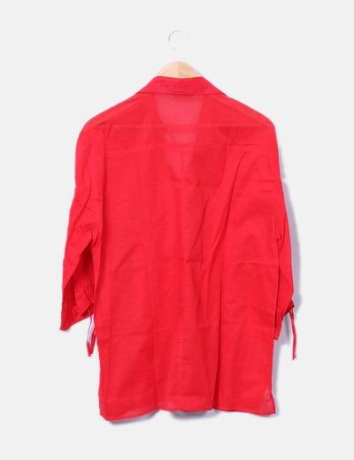 Camisa fluida roja con bordados