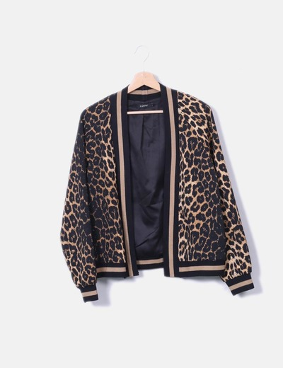 Blazer print animal b. young