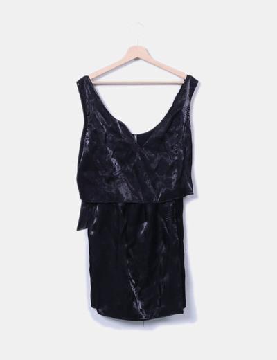 Vestido negro satinado Naf Naf