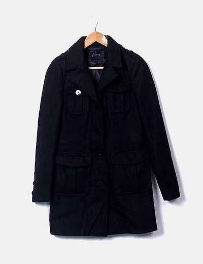 Abrigo largo negro estilo caballero Stradivarius