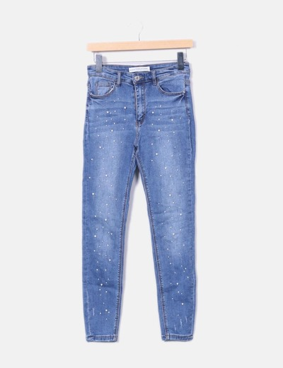 Jeans denim azul con pedrería Stradivarius