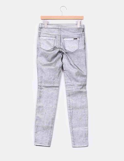 Jeans pitillo plata