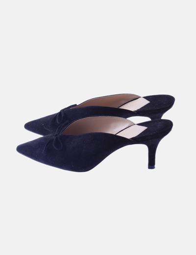 Zapatos zuecos negros