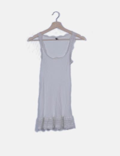 Camiseta canalé blanca combinada encaje